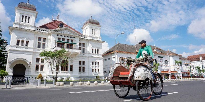 10 Hal Yang Dapat Dilakukan di Indonesia