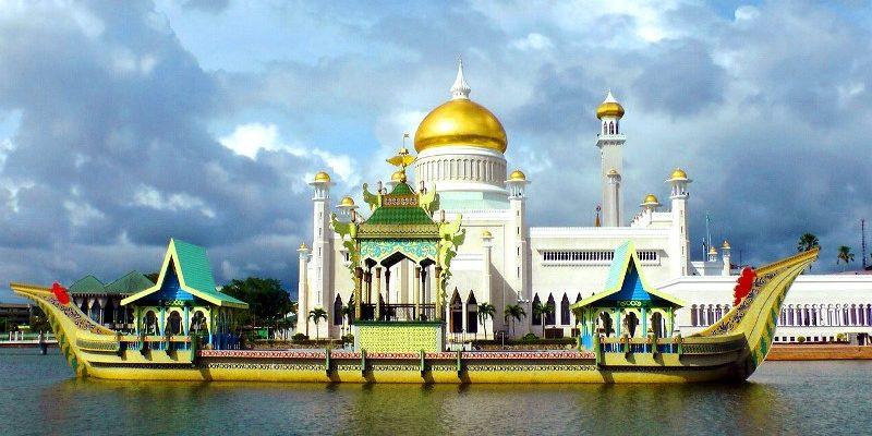 10 Tempat Wisata Favorit di Brunai Wajib Anda Kunjungi